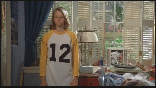 Jodie Foster plays Annabel Andrews.