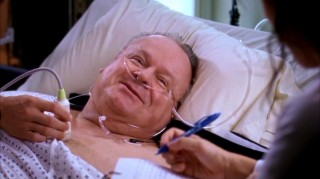 George's father Harold (guest star George Dzundza) is the only ray of happiness in the otherwise angst-filled hospital of Seattle Grace.