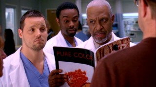 Alex (Justin Chambers) and Chief Webber (James Pickens, Jr.) try to stay professional while being shown the sexual position that introduced a foreign body into a patient's butt.