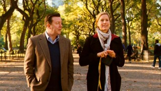 Bertram (Ricky Gervais) and Gwen (Tea Leoni) enjoy a fall ramble in New York's Central Park.