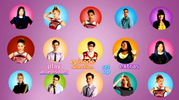 On each Season 2 disc's animated main menu, circular character shots move about until three members of the large ensemble get singled out in a clip.