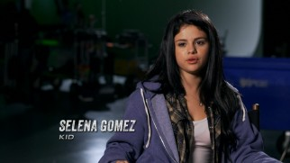 Selena Gomez, kid, discusses what she likes about this movie.