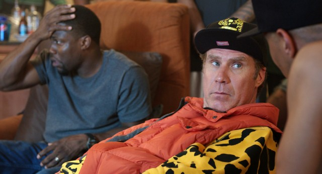 James King (Will Ferrell) loudly tries to fit in with a gang, to the bewilderment of Darnell (Kevin Hart).