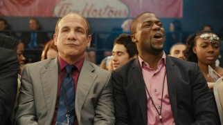 Kevin Hart runs off his mouth in a number of bonus features, this time in a ringside moment alongside Paul Ben-Victor.