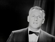 Stanley Kramer quickly and humbly accepts the Irving Thalberg Award at the 1962 Academy Awards.