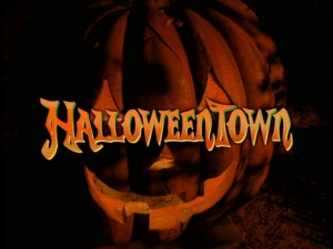 the spooky opening shot of halloweentown has always been a favorite