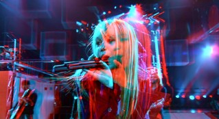 Put on a pair of red & blue anaglyph glasses to see just how 3-D Hannah Montana gets in Disc 2's feature presentation.