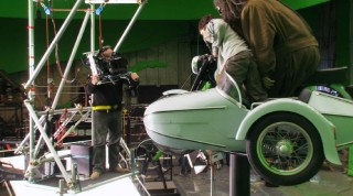 """Hagrid's Motorbike"" takes flight against green screen in this behind-the-scenes Focus Point short."