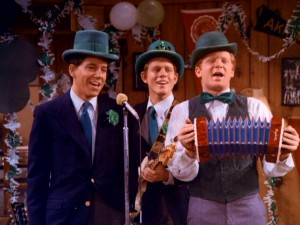 Arnold's favorite band -- Potsie Weber (Anson Williams), Richie Cunningham (Ron Howard), and Ralph Malph (Donny Most) -- takes on an Irish flavor for their performance at the Al O'Delvechio St. Patrick's Day Dance.