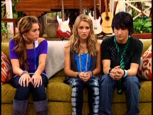 "Is this the end of ""Hannah Montana"" as we know it? Miley (Miley Cyrus), Lilly (Emily Osment), and Oliver (Mitchel Musso) look sad enough in ""Miley Says Goodbye?"""