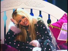 Wake up, Hannah Montana - you've got a concert to give!
