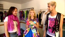 "Miley Cyrus and two music video stylists (one resembling Bruno) break down her retro look in ""Hannah Gets a New Look!"""