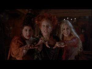 The sisters (Kathy Najimy, Bette Midler, and Sarah Jessica Parker) cast a spell on Thackery Binx.
