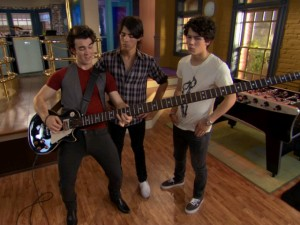 Kevin Jonas may not be the ladies' favorite JoBro, but he has the biggest guitar.
