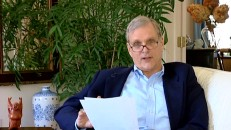 """2001: A Space Odyssey"" star Keir Dullea puts on his glasses and reads us others' thoughts in the awkwardly-designed ""What is Out There?"""