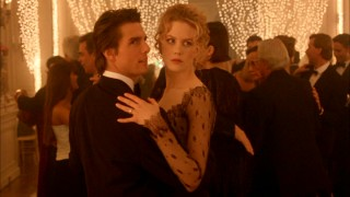 William (Tom Cruise) and Alice (Nicole Kidman) Harford share a dance at the film-opening upscale party where they know no one but the host.