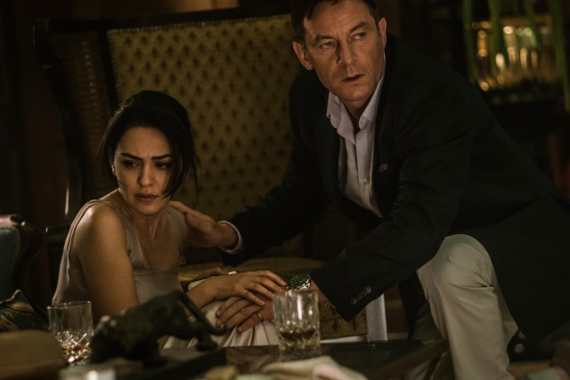 "A Muslim newlywed (Nazanin Boniadi) and a Russian businessman (Jason Isaacs) are among those whose lives are endangered in ""Hotel Mumbai."""