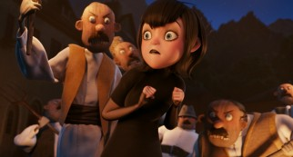 On her first time out in the human world, Mavis experiences an angry mob staged by her overprotective father.