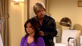 David Spade guest stars as Christopher, a talented hair stylist who comes between the Cleveland women.