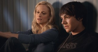 Mom (Teri Polo) encourages Dane (Chris Massoglia) to spend time with his brother and give Bensonville a chance.
