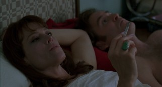 Janey Carver (Golden Globe-nominated Sigourney Weaver) has grown tired of her affair with Ben (Kevin Kline).