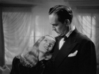 Jennifer the witch (Veronica Lake) is stuck on politician Wallace Wooley (Frederic March) after he saves her from a burning hotel.