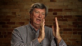 Cinematographer John Bailey uses his hands to discuss Freddie Francis' use of the CinemaScope frame.