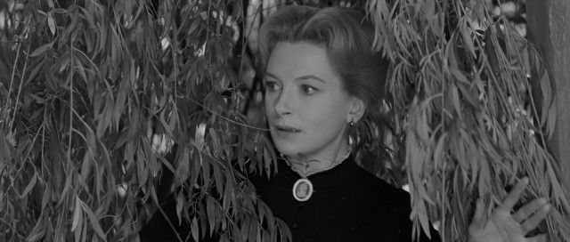 Miss Giddens (Deborah Kerr) comes to realize that the idyllic country mansion Bly houses some dark secrets.