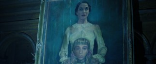 "Could this mother-daughter portrait connect some way to the mysteries of ""Insidious: Chapter 2""? You bet!"