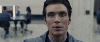 Veteran timekeeper Raymond Leon (Cillian Murphy) is determined to nab the outlaws.
