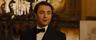 All the time in the world doesn't make wealthy centenarian Philippe Weis (Vincent Kartheiser) especially compassionate.
