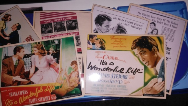"Six cards reproducing original ""It's a Wonderful Life"" marketing art distinguish the Platinum Anniversary Edition from past releases of the film."