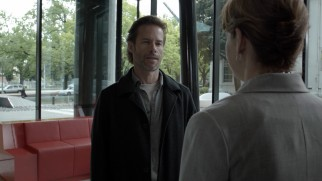 "In ""Black Tide"", Jack Irish (Guy Pearce) investigates a number of mysterious disappearances."