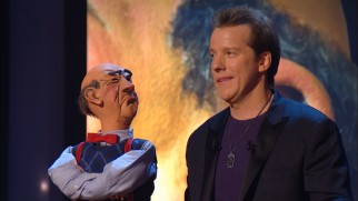 Cantankerous dummy Walter broaches the subject of divorce to the discomfort of Jeff Dunham.
