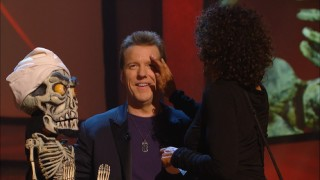 Achmed and Jeff Dunham keep the show going and the laughs coming during a make-up break with Victoria.