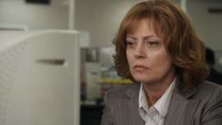Sharon Thompkins (Susan Sarandon) is intrigued by flirtatious instant messages from a secret admirer.