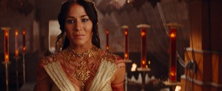 Red helium princess Dejah Thoris (Lynn Collins) isn't thrilled by the prospect of being entered into a political marriage.