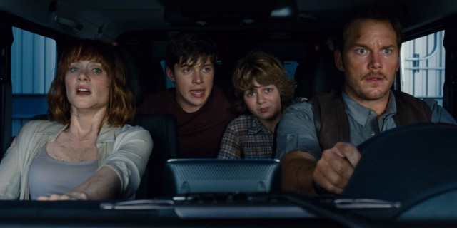 Driven by Owen (Chris Pratt) and Claire (Bryce Dallas Howard), Gray (Ty Simpkins) and Zach (Nick Robinson) get more excitement than they imagine when all hell breaks loose at Jurassic World during their Christmas vacation.