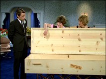 "Shirley is insulted at the casket Laverne picked out for her in ""The Mortician."""