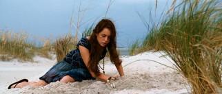 Save those sea turtle eggs, Ronnie (Miley Cyrus)!