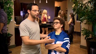 "Ruxin (Nick Kroll) consults with legendary young ""oracle"" Matt Friedman (Paulie Litt) on Draft Night."