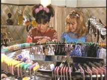 "Miranda and Lizzie shop for their first bras in ""Between a Rock and a Bra Place."""
