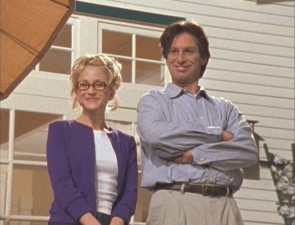 Lizzie's parents, Sam (Robert Carradine) and Jo McGuire (Hallie Todd).