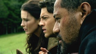 Chase (Jay Laga'aia), Richard (Craig Horner), and Kahlan (Bridget Regan) survey a D'Haran camp in hopes of spotting Chase's kidnapped wife and children.