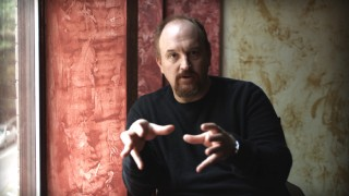 Louis C.K. demonstrates he takes comedy seriously in his audio commentaries and these on-camera deleted scene introductions.