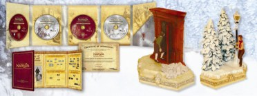 The Chronicles of Narnia: The Lion, The Witch and The Wardrobe - 4-Disc Extended Edition Gift Set - click for a larger view of the contents