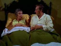 For the sake of not upsetting his mother, Oscar tries to sleep with his ex-wife Blanche (Brett Somers) for the first time in over three years.