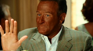 Stop right there. You're telling the overly tan Dan (Robin Williams) that he has a pair of 7-year-old twins? That's wacky!