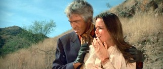 Escaped convict Zach Provo (James Coburn) uses Susan Burgade (Barbara Hershey) as bait to lead his target (her father) up this mountain.