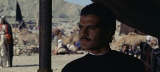 Making his English language debut, Egyptian actor Omar Sharif was thrust to stardom with his Oscar-nominated supporting role as Sherif Ali ibn el Kharish.
